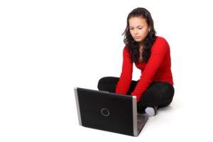 teenager_typing_188220